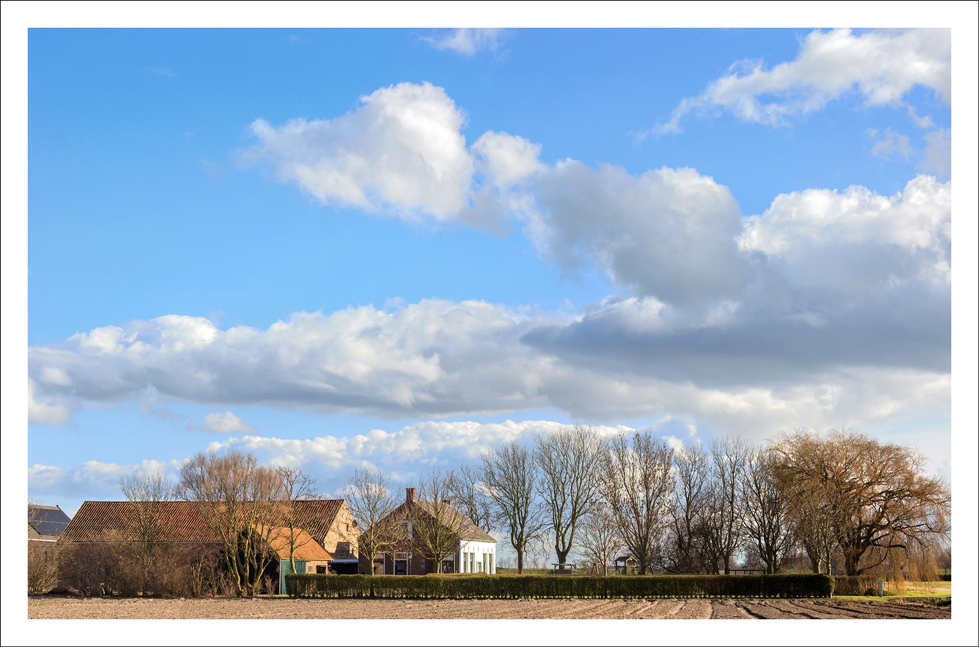 Boerderij in zeeland heel holland haalt het hier for Boerderij te koop zeeland
