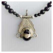 Toeareg zilver pendant met zwarte onyx steen
